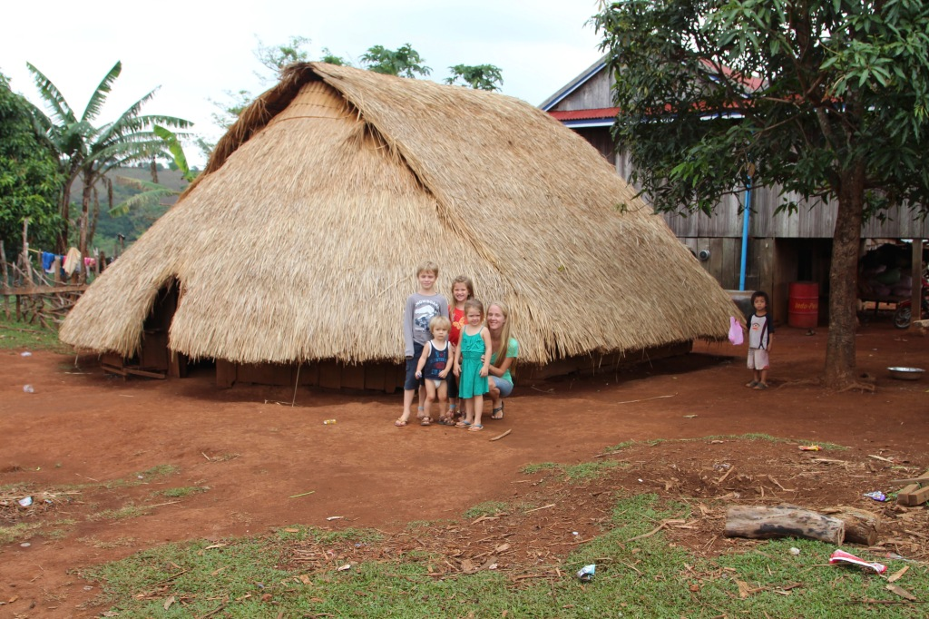 bunong-village-mondulkiri-cambodia_33034036675_o